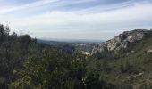 Randonnée Marche CHARLEVAL - PF-Charleval - Petite boucle dans les collines à partir de la piscine - C - Photo 4