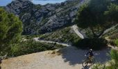 Trail Mountain bike MARSEILLE - Trilogie des Calanques version courte - Photo 3