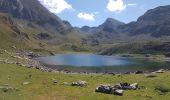 Randonnée Marche BAGNERES-DE-BIGORRE - Lacs Hourrec Bleu et vert via le col de Bareilles - Photo 18