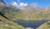 Randonnée Marche BAGNERES-DE-BIGORRE - Lacs Hourrec Bleu et vert via le col de Bareilles - Photo 17