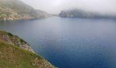 Randonnée Marche BAGNERES-DE-BIGORRE - Lacs Hourrec Bleu et vert via le col de Bareilles - Photo 6