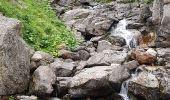 Randonnée Marche BAGNERES-DE-BIGORRE - Lacs Hourrec Bleu et vert via le col de Bareilles - Photo 2