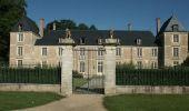 Randonnée Marche SAINT-DENIS-DE-L'HOTEL - Château de Chenailles - Photo 2