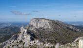 Randonnée Marche PUYLOUBIER - Le Pic des Mouches par le Couloir des Justiciables, Col de Vauvenargues - Photo 1