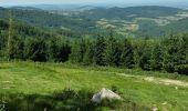 Randonnée Marche SAINT-BONNET-DES-QUARTS - De l'Auberge de Bécajat jusqu'à Saint Bonnet des Quarts - Photo 3