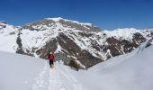 Trail Snowshoes GAVARNIE - Le col de Lary - Gavarnie - Photo 1