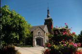 Point d'intérêt Tenneville - Parking de l'église Notre-Dame de Beauraing - Photo 1