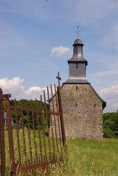 place Somme-Leuze - La chapelle et le Château de Somal - Photo 2