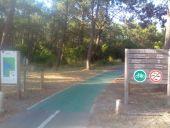 place LEGE-CAP-FERRET - Entrée du Cap Ferret et début de la piste cyclable - Photo 1