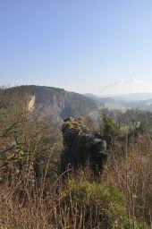 Point d'intérêt Viroinval - La Roche aux faucons - Photo 1