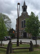 place Gesves - Au départ et à l'arrivée Oeuvre Arbre du Centenaire de la Belgique - Photo 1