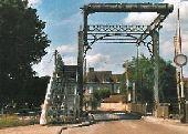 place PONT-SUR-SEINE - Pont levis - Photo 1