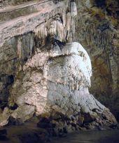 Point d'intérêt Rochefort - Domaine des Grottes de Han - Photo 1
